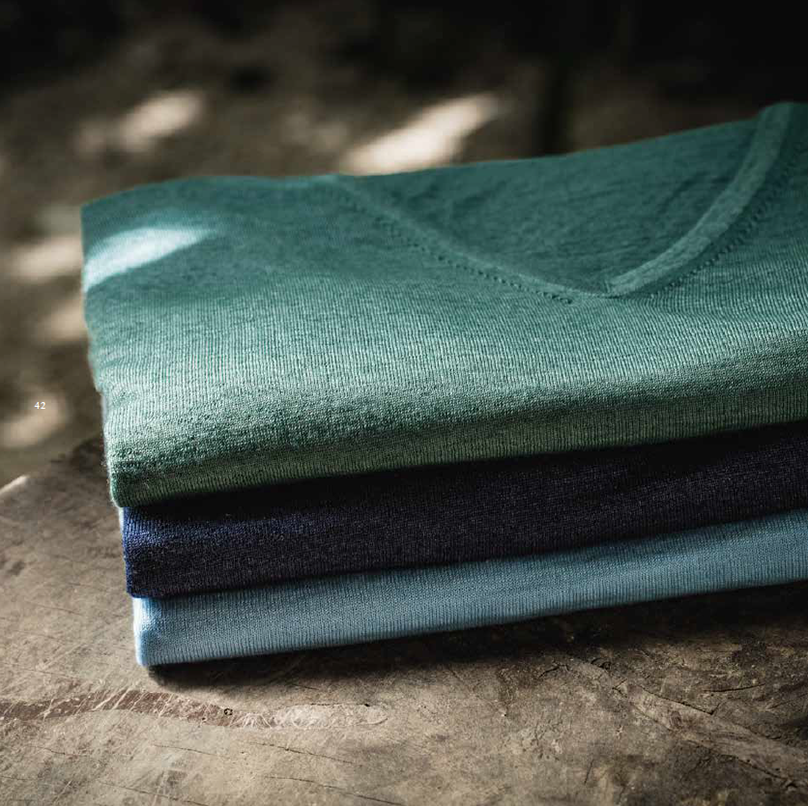 d00ea08cb A COMBINATION of skilled hands and an innocent look of love have created  the Zanieri Cashmere style. Together we will follow the thread of our  passion from ...